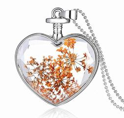 Heart-shaped built-in plant specimens lavender car charm of